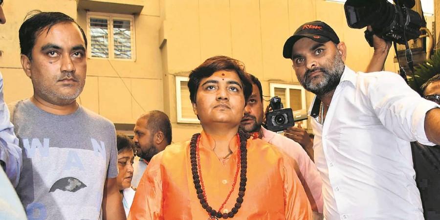 साध्वी प्रज्ञा के चुनावी रण में उतरने पर ये बोले RSS दिग्गज इंद्रेश कुमार