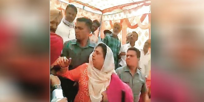 Quizzed on performance, Bhattal accused of 'trying to slap' man in Bashera