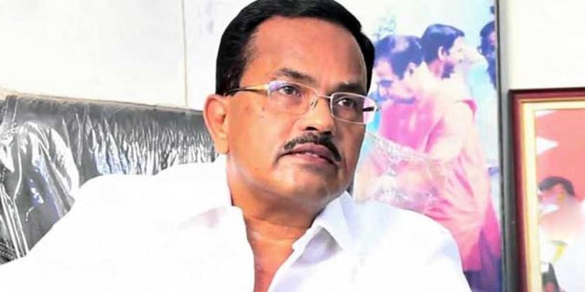 Former minister Motkupalli Narasimhulu to join BJP