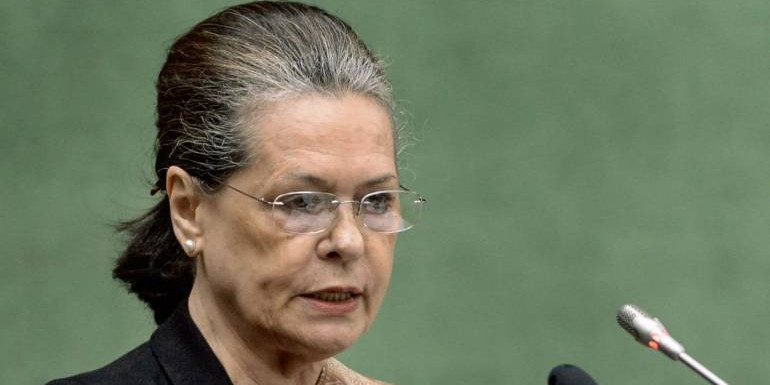 Sonia condoles Jaitley's death, says his contributions to public life will be remembered forever