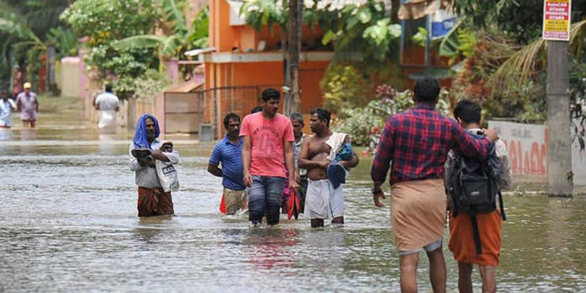 वडोदरा में बाढ़ जैसे हालात, सीएम रुपाणी ने बुलाई बैठक, कठिनाइयों से निपटने के लिए लिया ये अहम फैसला