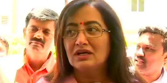 Independent Karnataka MP Sumalatha to back Modi govt, could get ministerial berth