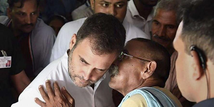 Vijayan calls Cong 'rats meekly following BJP's pied piper