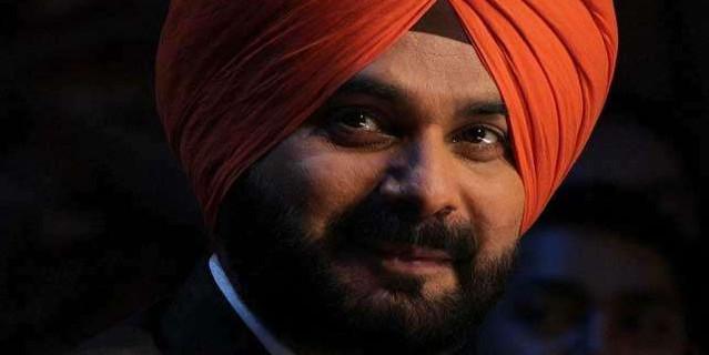 मंत्री पद से इस्तीफे के बाद विधानसभा में पहली से दूसरी कतार में शिफ्ट हुए सिद्धू