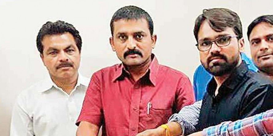 PAAS leader Dilip Sabva withdraws from Gandhinagar