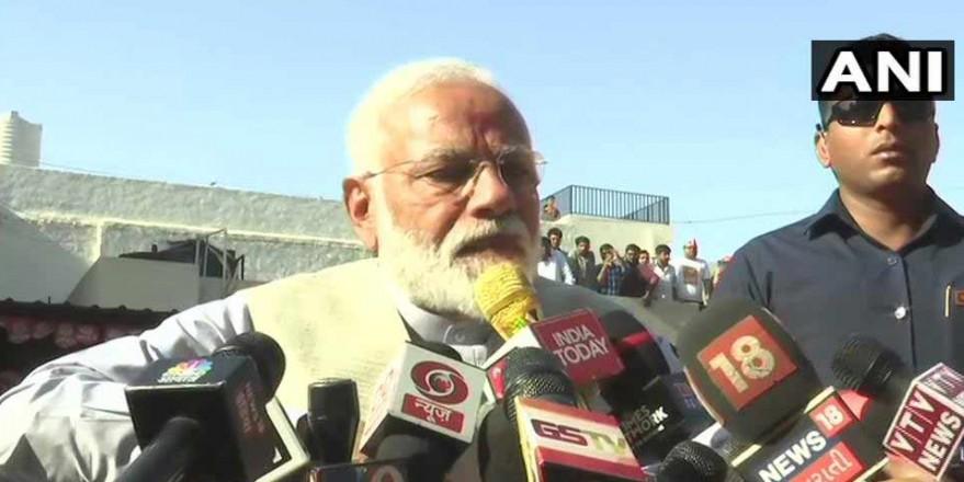 पीएम मोदी की वोटिंग अपील,'आतंकवाद का शस्त्र IED, लोकतंत्र की ताकत वोटर ID'
