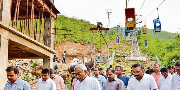 सीएम ने निर्माण कार्य का लिया जायजा, दिया निर्देश, राजगीर में अक्तूबर के पहले पूरा हो नये रोपवे का निर्माण