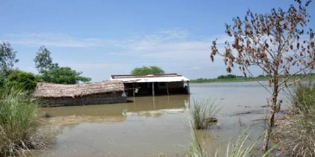 उत्तर प्रदेश में बाढ़ से 560 करोड़ का नुकसान, केंद्र से मदद मांगने की तैयारी