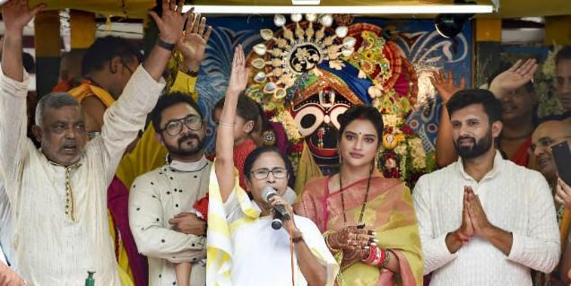 भगवान जगन्नाथ की रथयात्रा में ममता बनर्जी ने धार्मिक सद्भाव का किया आह्वान