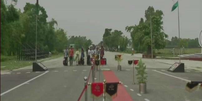 भारत और बांग्लादेश के बीच शुरू हुई बस सर्विस, जानें कहां से होकर गुजरेगी